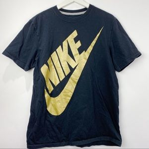 Nike black t shirt with gold large logo